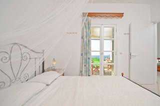 zefyros apartment ydreos bedroom
